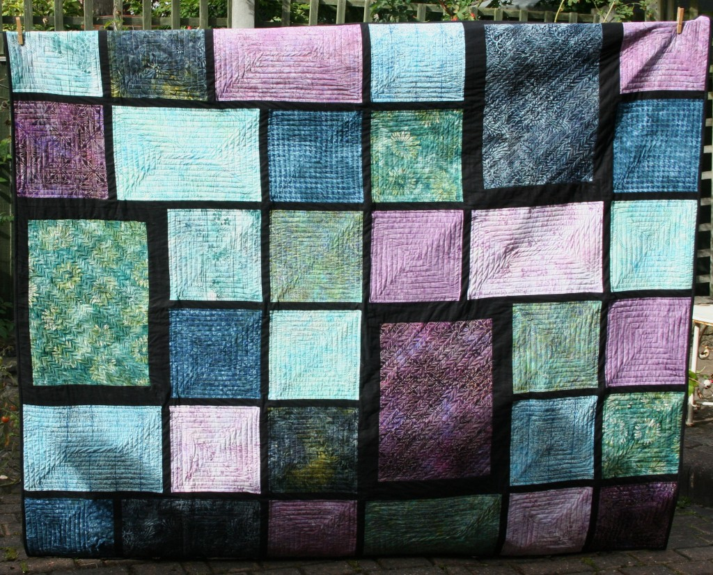 Loulouthi Tiles quilt top