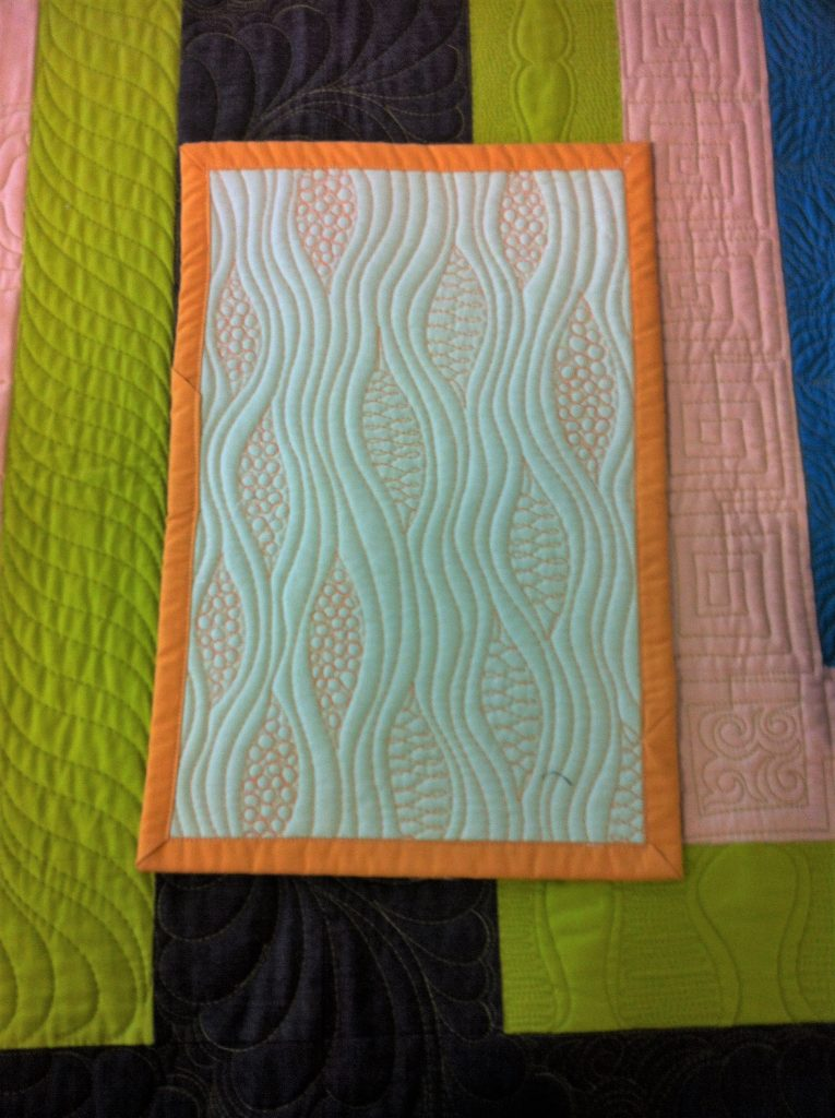 wavy-line-quilting-filler