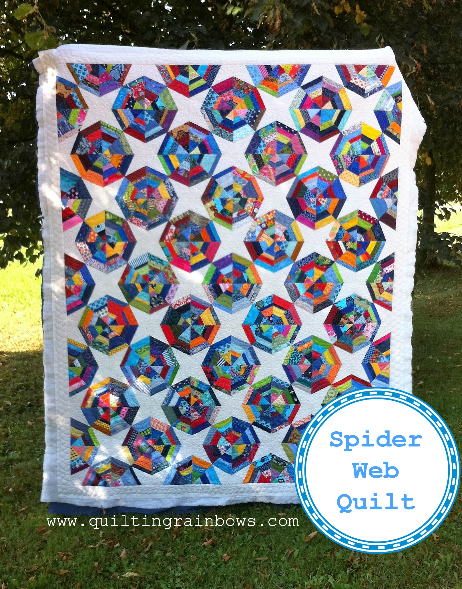 blue-white-spider-web-quilt
